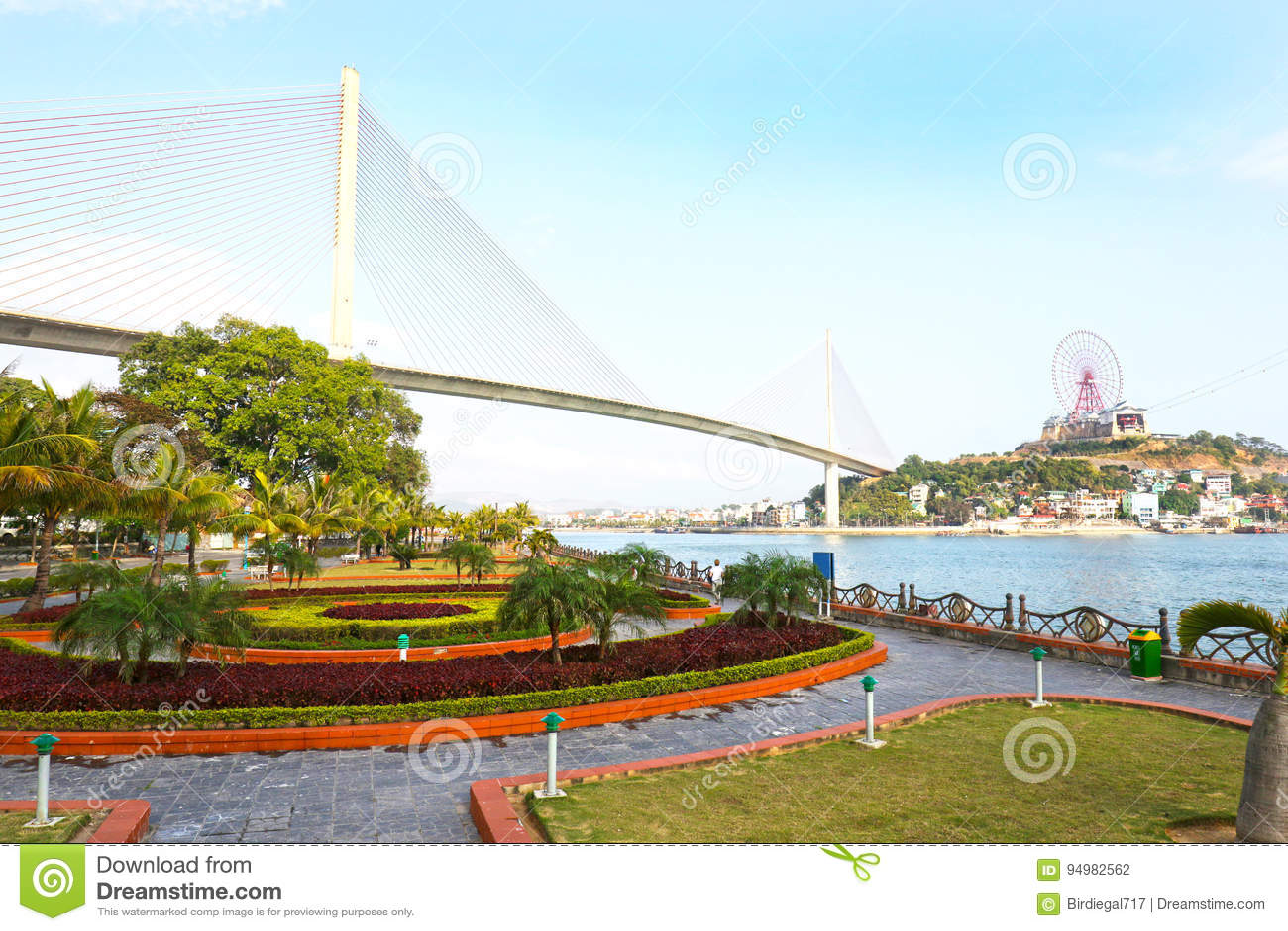 Långa Bay City för mummel landskap, Vietnam askfat
