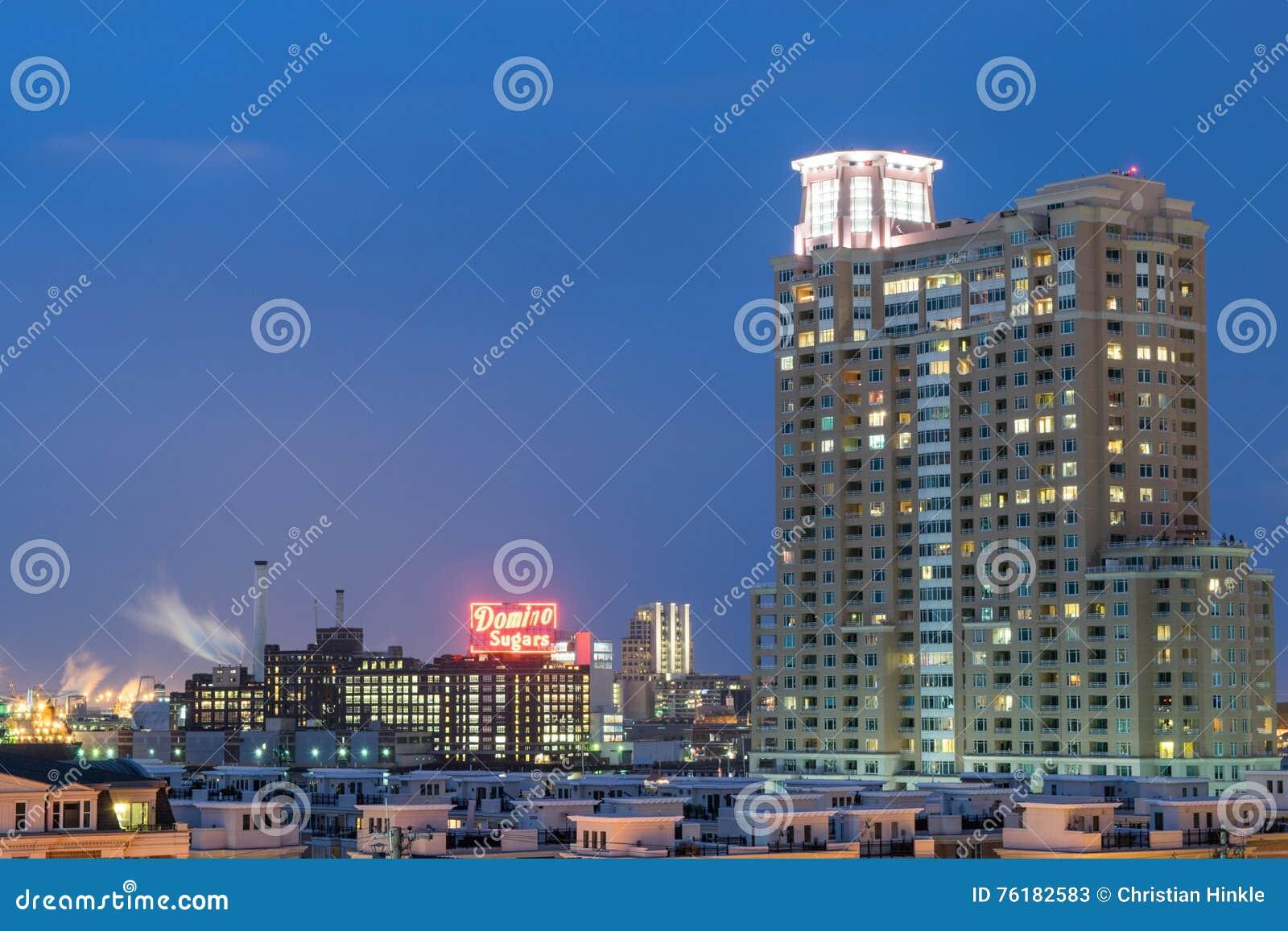 Långa exponeringar under nattetid på den federala kullen i Baltimore, M