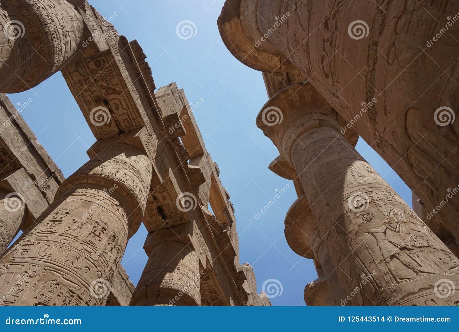 Légende de temple de l Egypte-Karnak