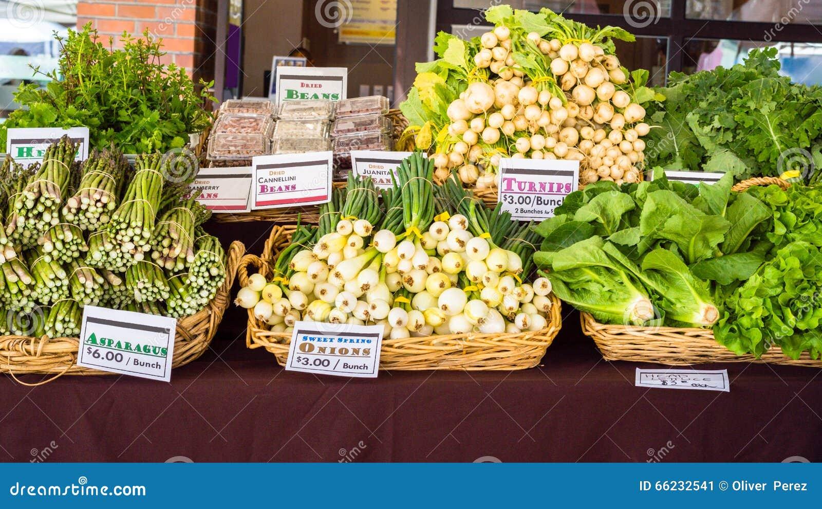 Légumes au marché de fermiers