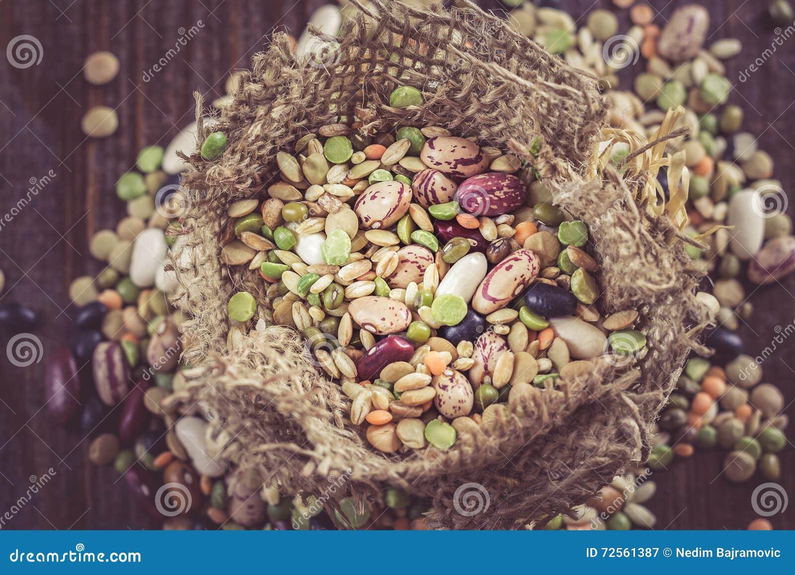 Légumineuses et céréales mélangées