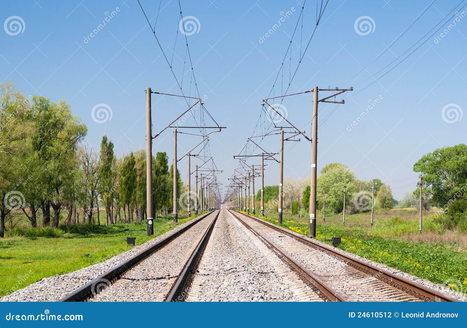 Línea ferroviaria electrificada de doble vía