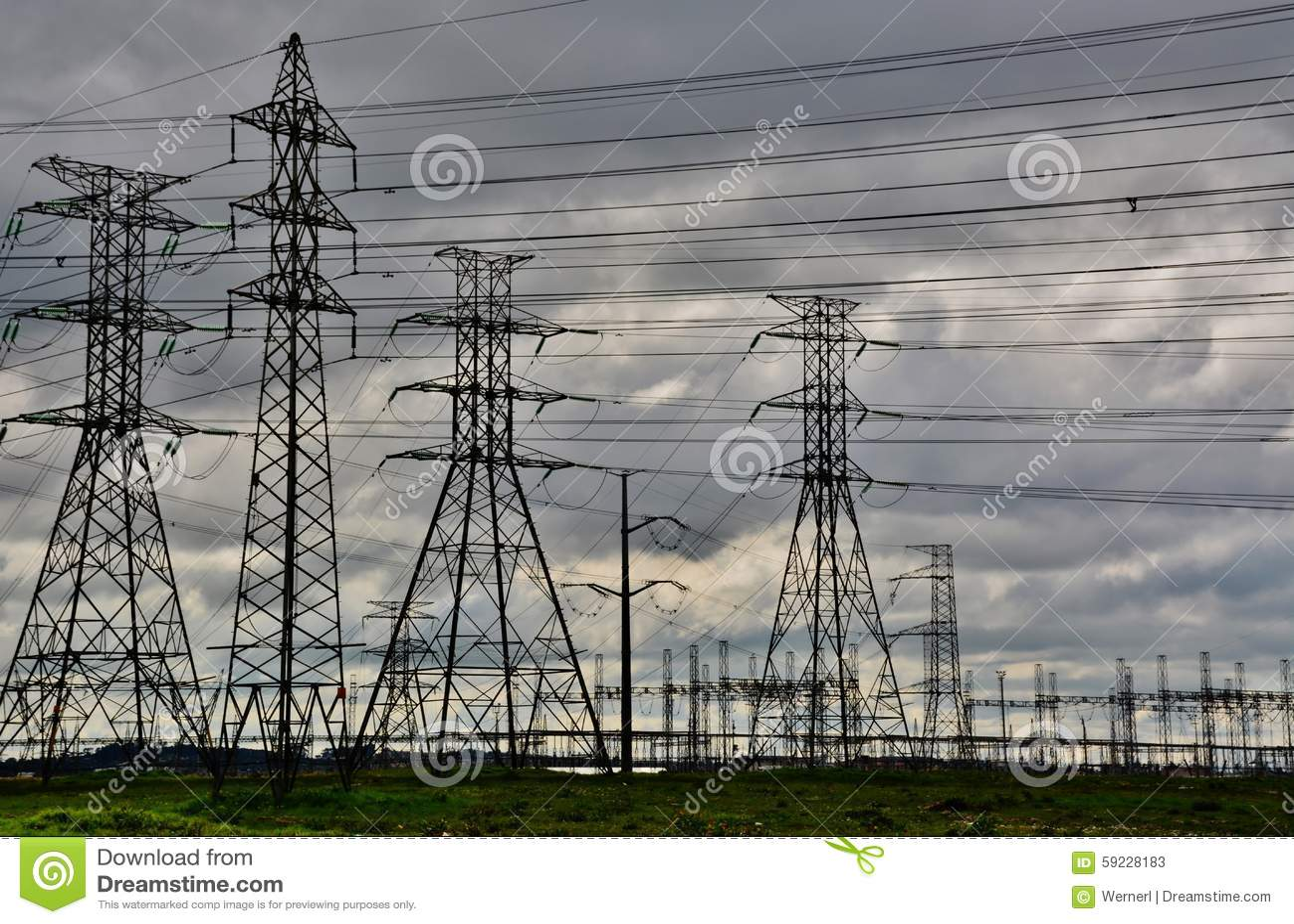 Download Líneas eléctricas imagen de archivo. Imagen de paisaje - 59228183
