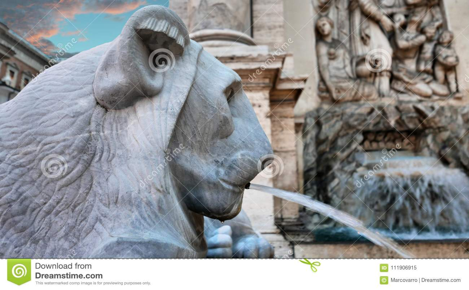 Löwehauptdetail Brunnen in Rom