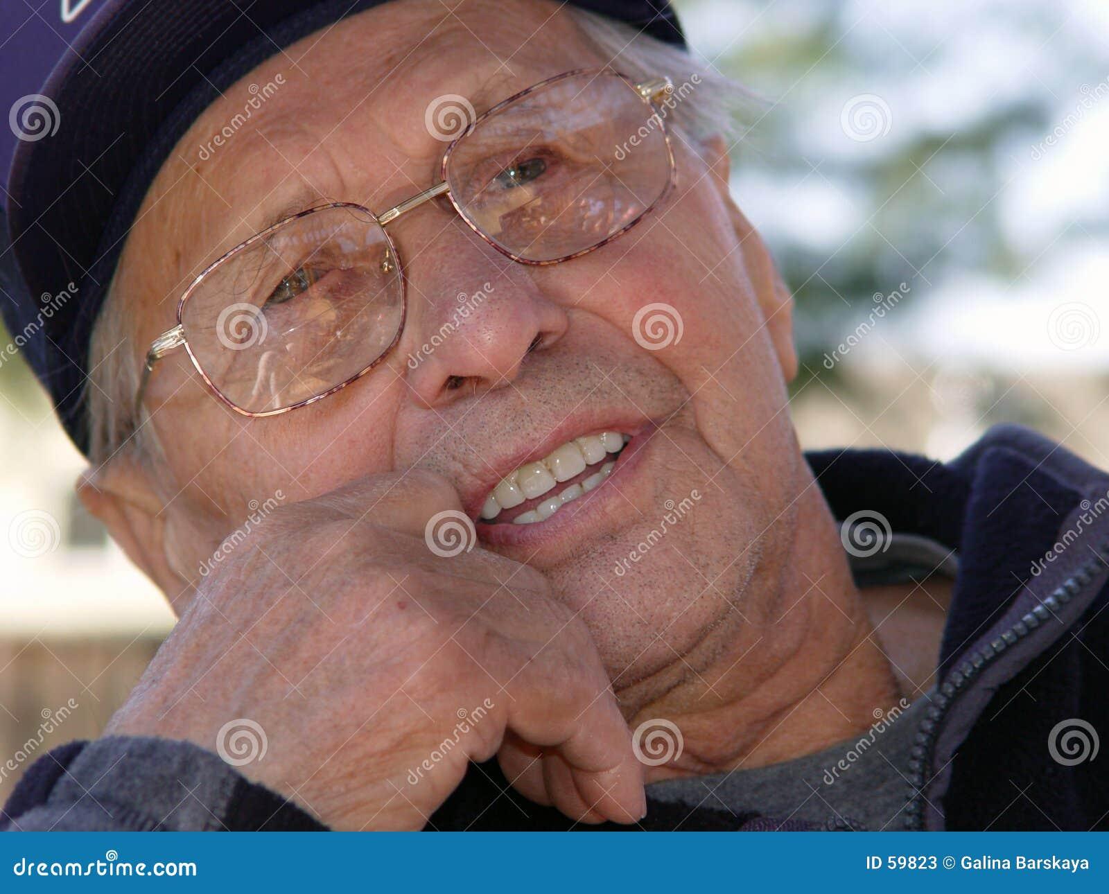 Download L'âge est beau image stock. Image du rétablissements, visage - 59823