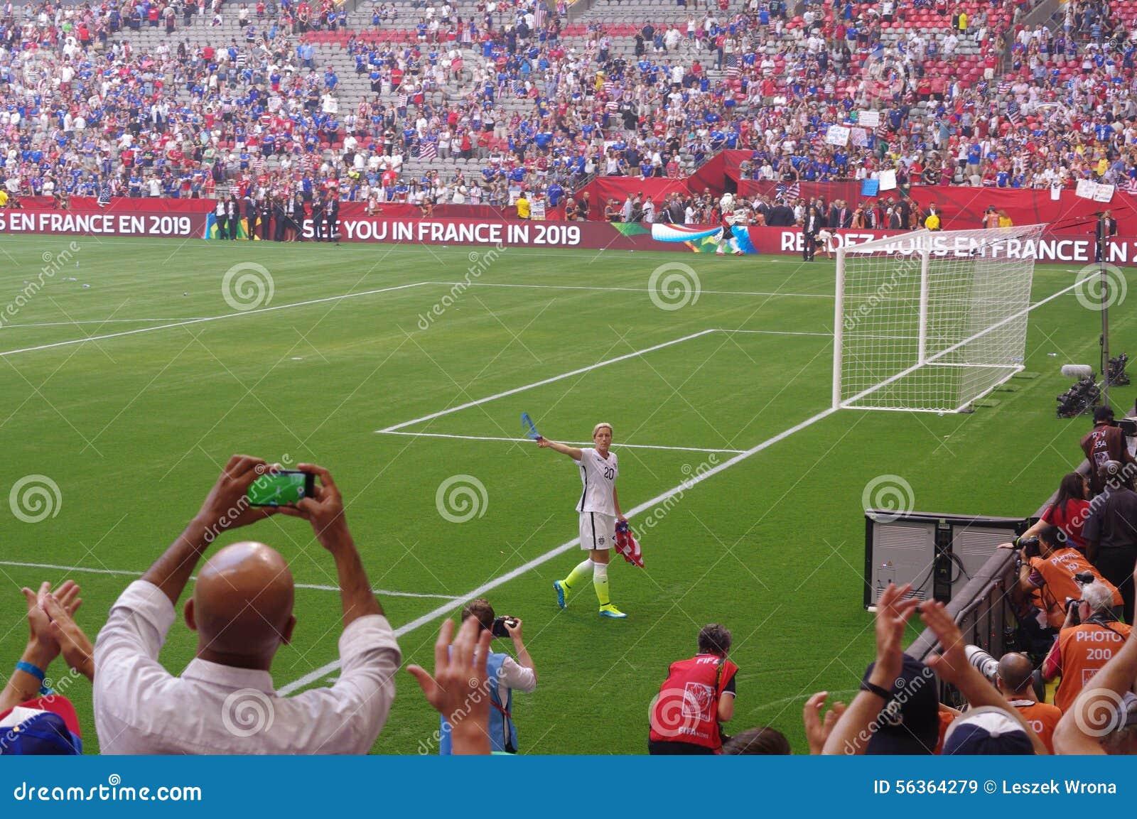 L Equipe De Football De Femmes Des Usa Celebrent Gagner La Coupe Du Monde 2015 De La Fifa Image Stock Editorial Image Du Celebrent Football 56364279
