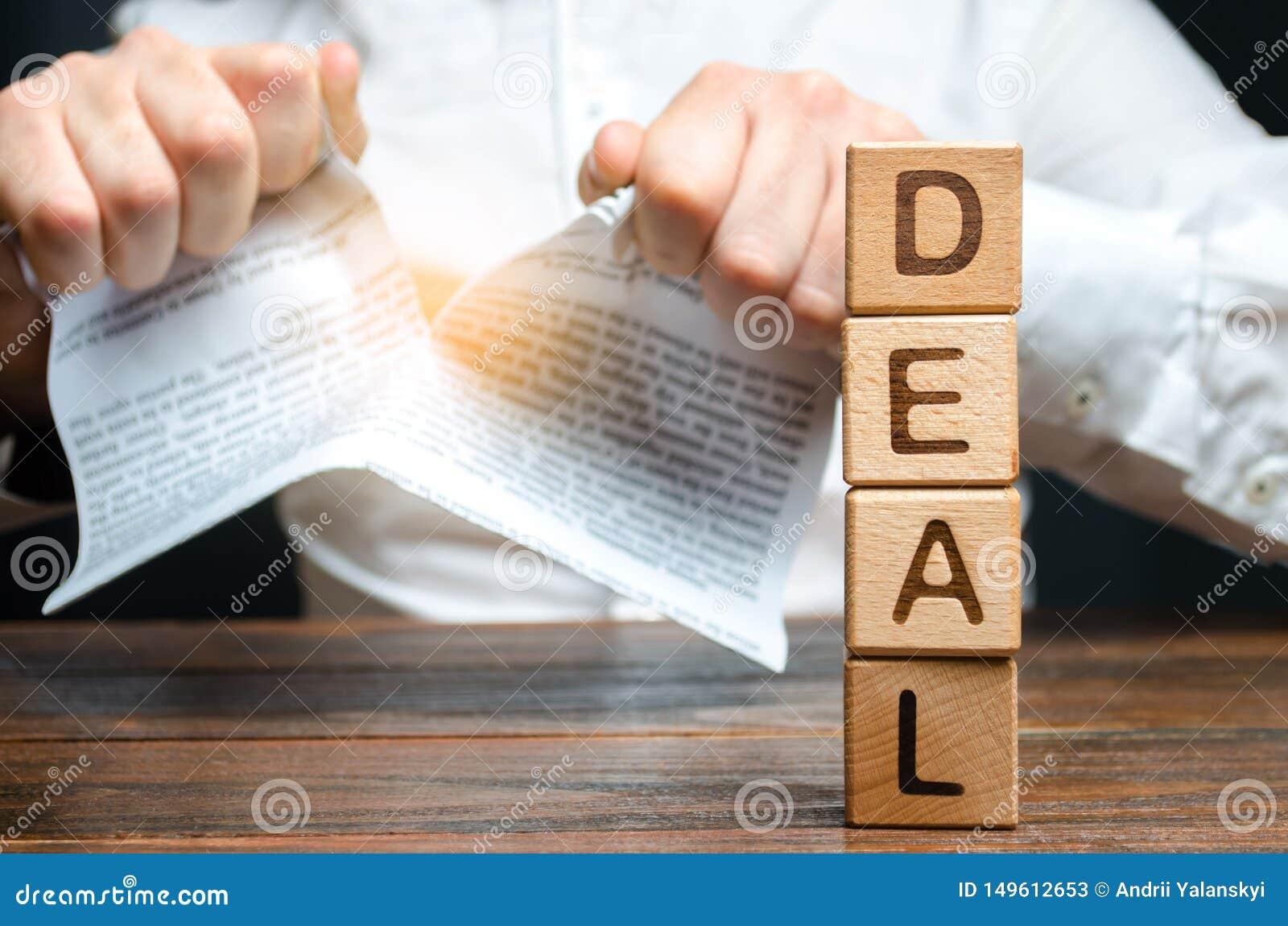 L affare e l uomo d affari di parola sta rompendo un contratto nei precedenti Rottura del contratto unilateralmente Violazione e