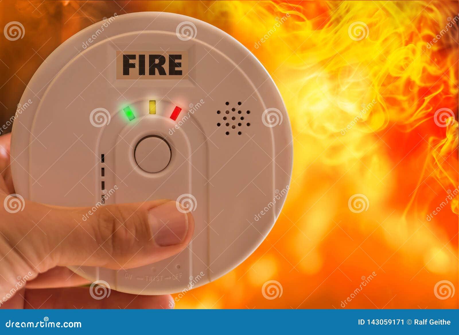 L alarme d incendie déclenche l alarme en cas de feu et de fumée