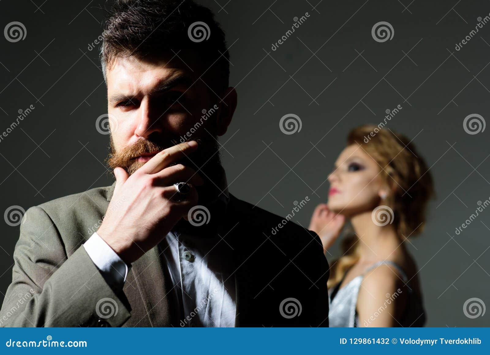 Une femme est l amour date [PUNIQRANDLINE-(au-dating-names.txt) 39
