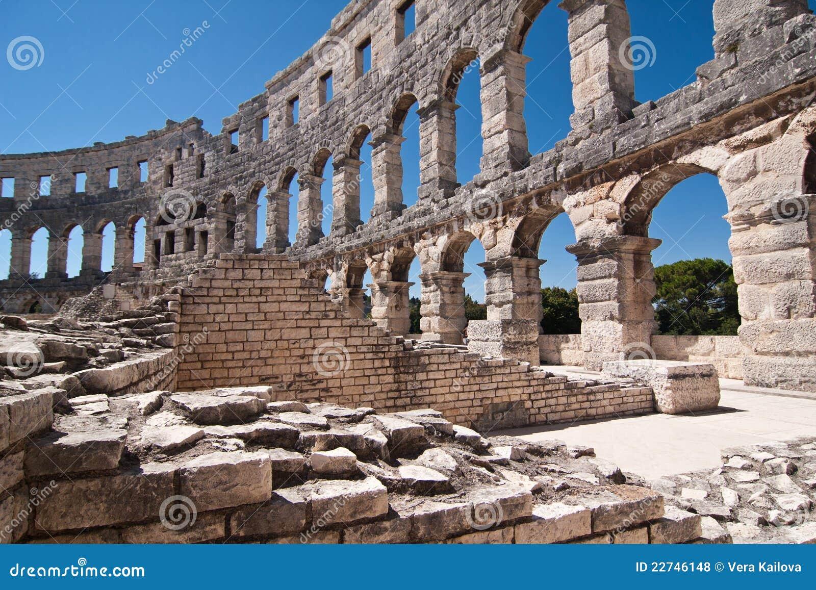 L amphitheatre