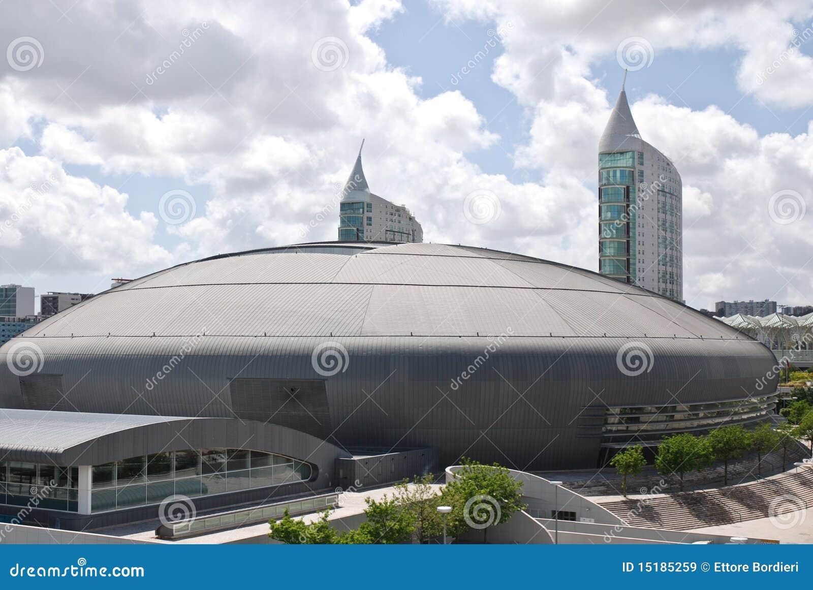 l 39 architettura moderna nelle nazioni parcheggia a lisbona
