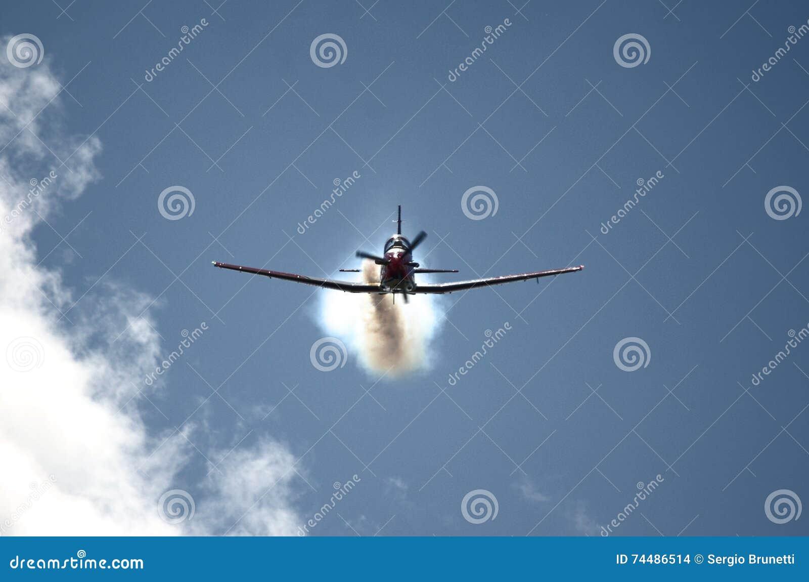 L Armée de l Air suisse - équipe PC7 acrobatique