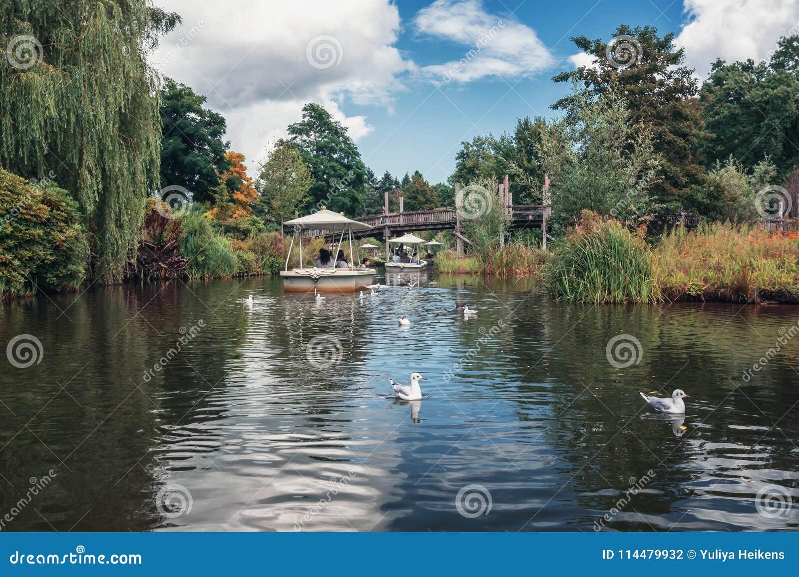 L attraction Gondaletta en parc d attractions Efteling dans