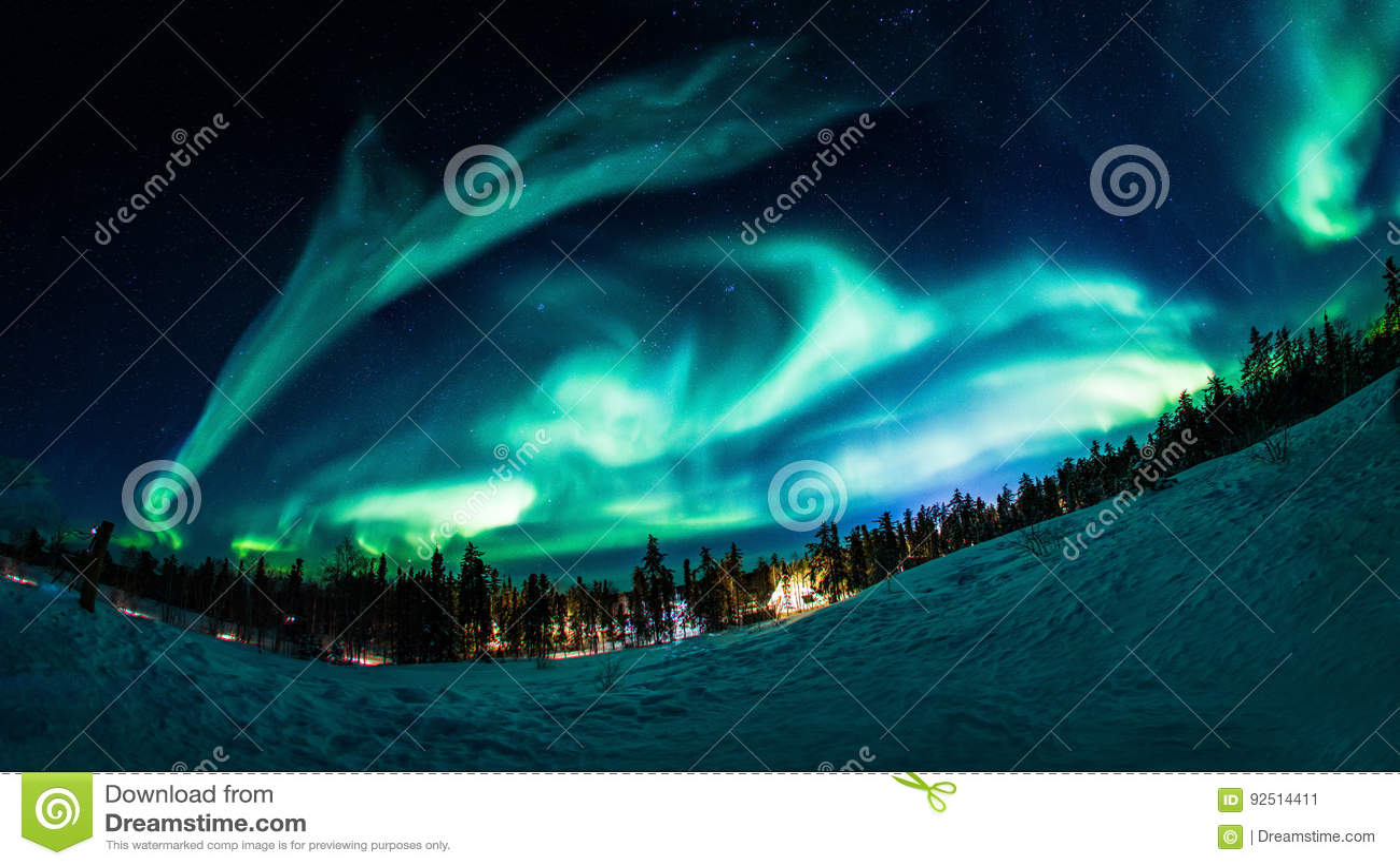 L aurore dans le Canada de Yellowknife