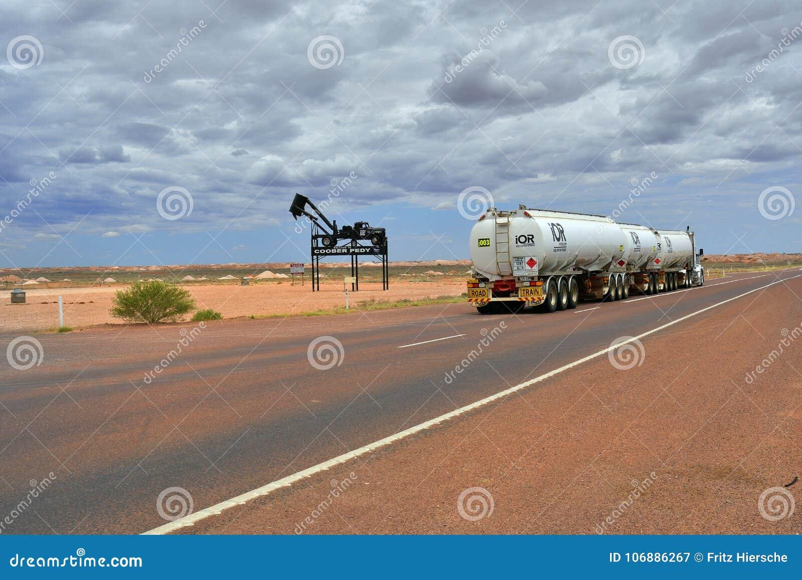 L Australia, Coober Pedy, traffico