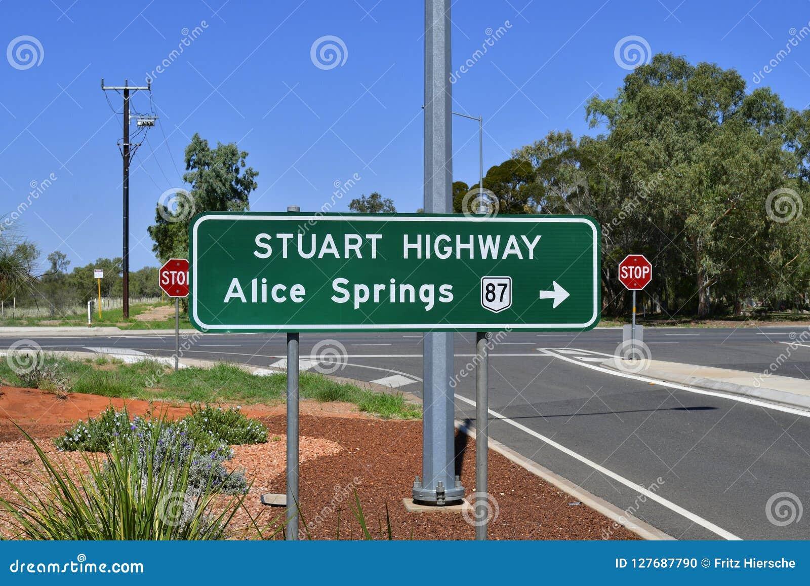 L Australia, NT, Alice Springs, Stuart Highway