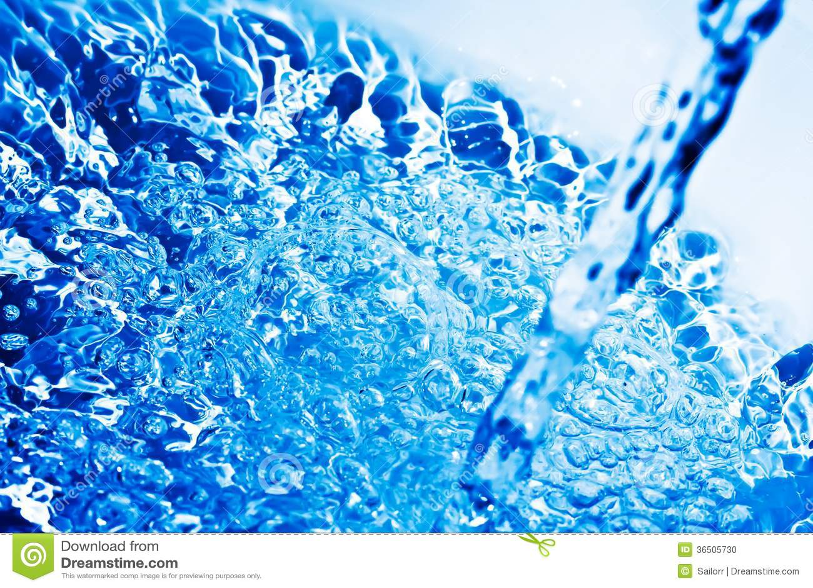 L eau bleue