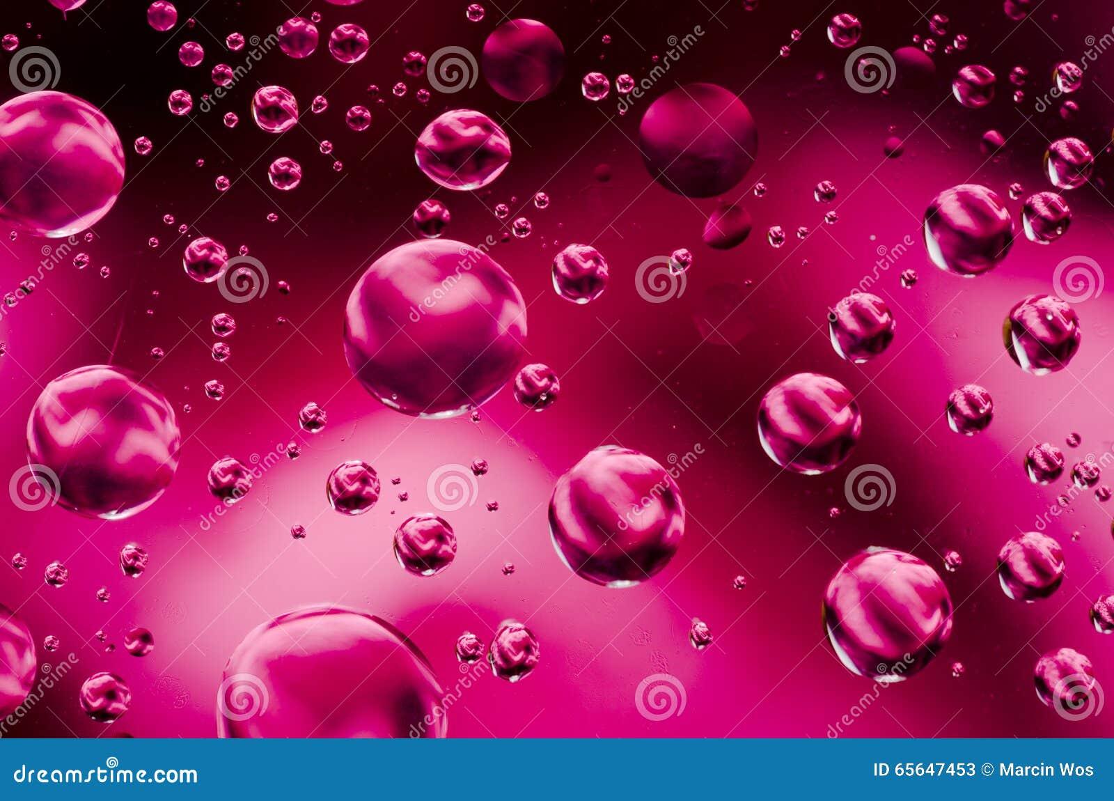 L eau laisse tomber le fond sur la surface rouge Fond naturel