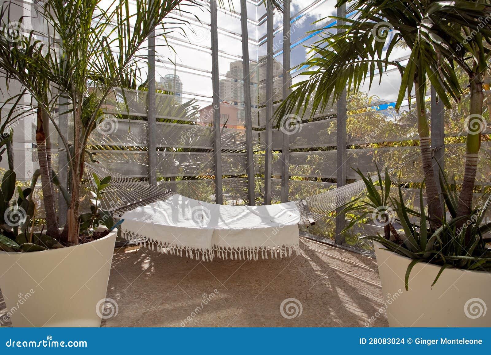 l 39 espace ext rieur de conception de patio images stock. Black Bedroom Furniture Sets. Home Design Ideas