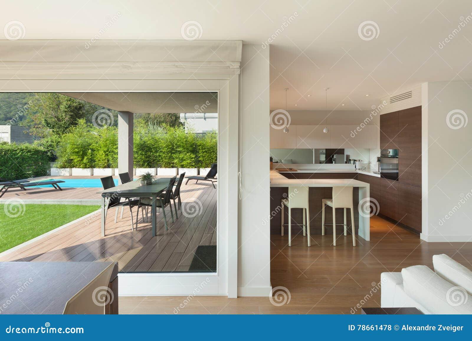 L Espace Interieur Et Grand Ouvert A La Maison De Luxe Photo Stock