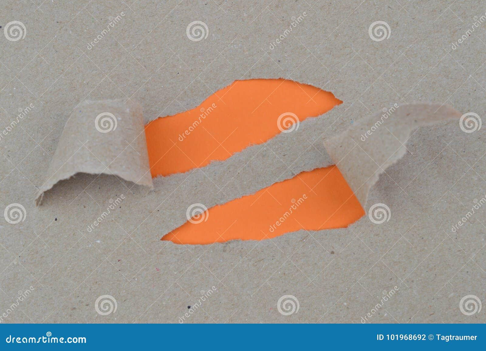 L espace orange de indication de papier déchiré pour des mots