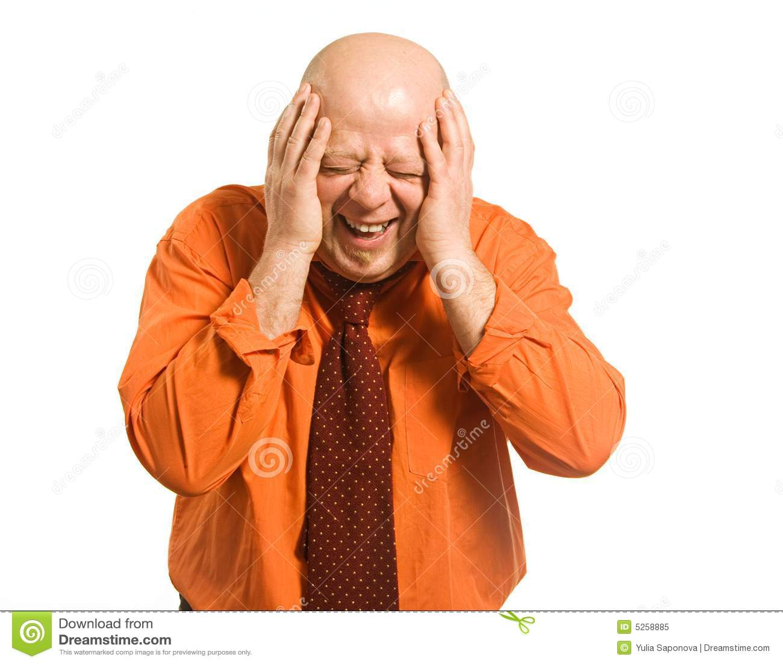 L homme chauve riant