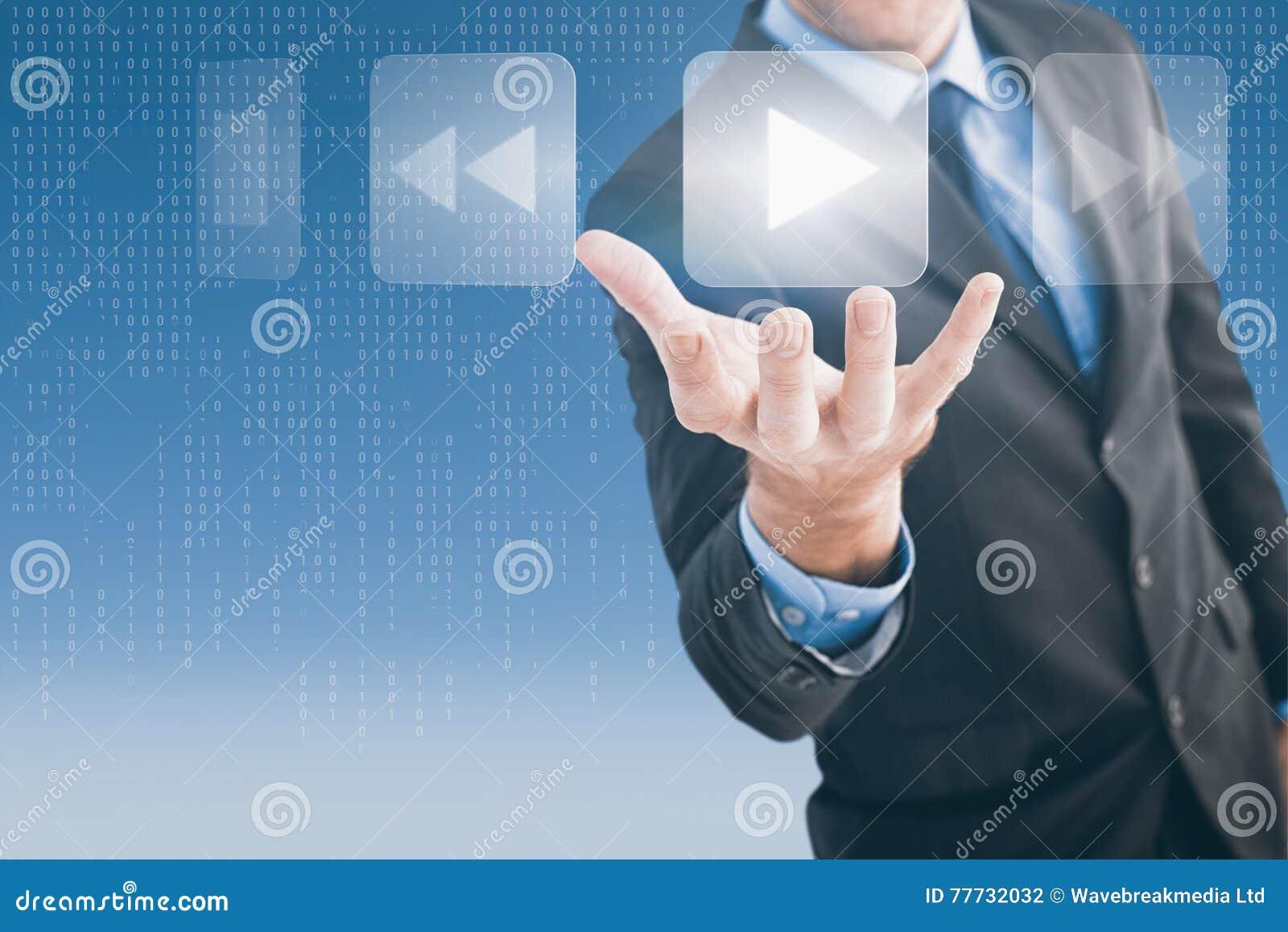 L image composée de la participation d homme d affaires distribuent dans la présentation