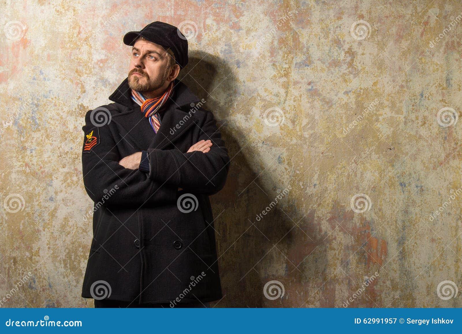 Coupe de cheveux pour hommes avec chapeau de sergey