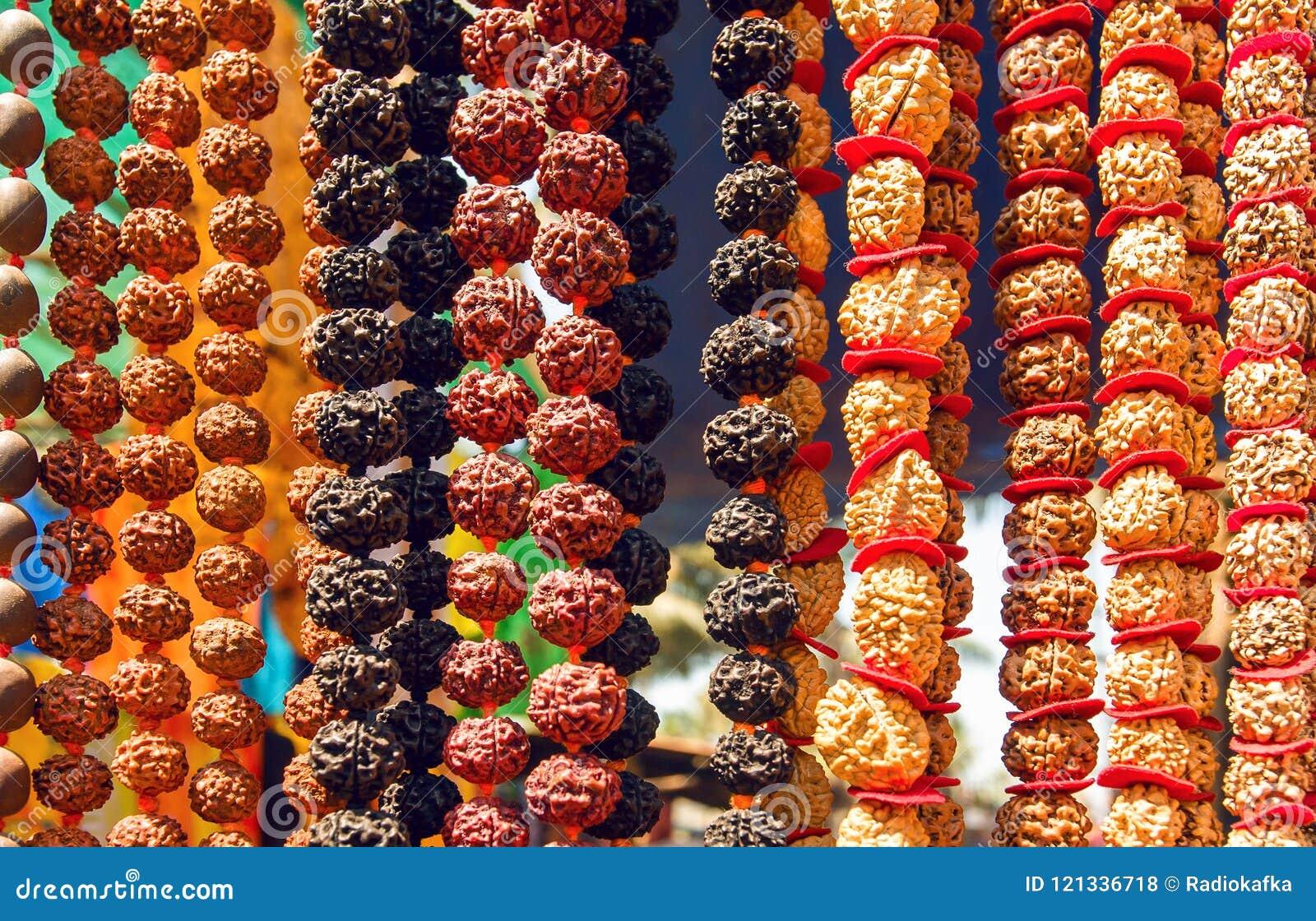 L Indien Rudraksha perle pour les bijoux organiques faits à partir des graines d arbre sacré Pour le yoga, service de méditation
