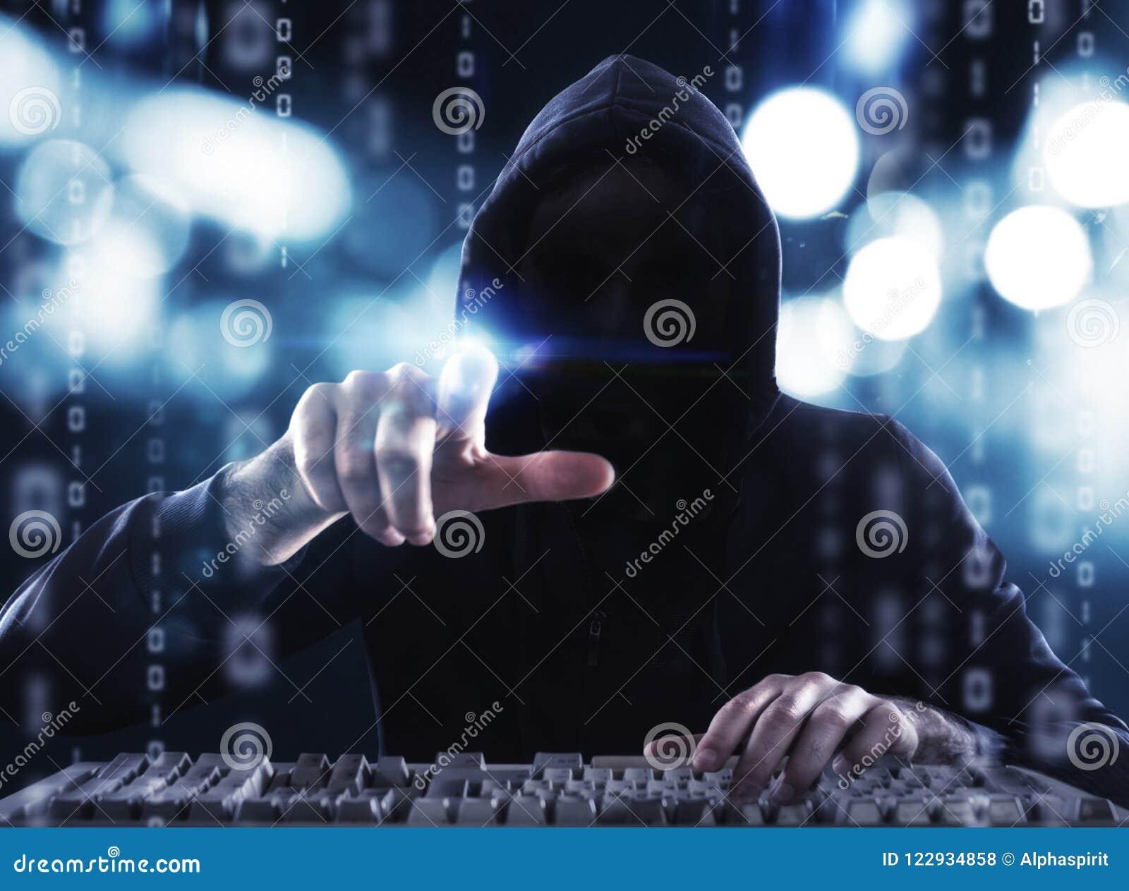 L information personnelle de lecture de pirate informatique Concept de l intimité et de la sécurité