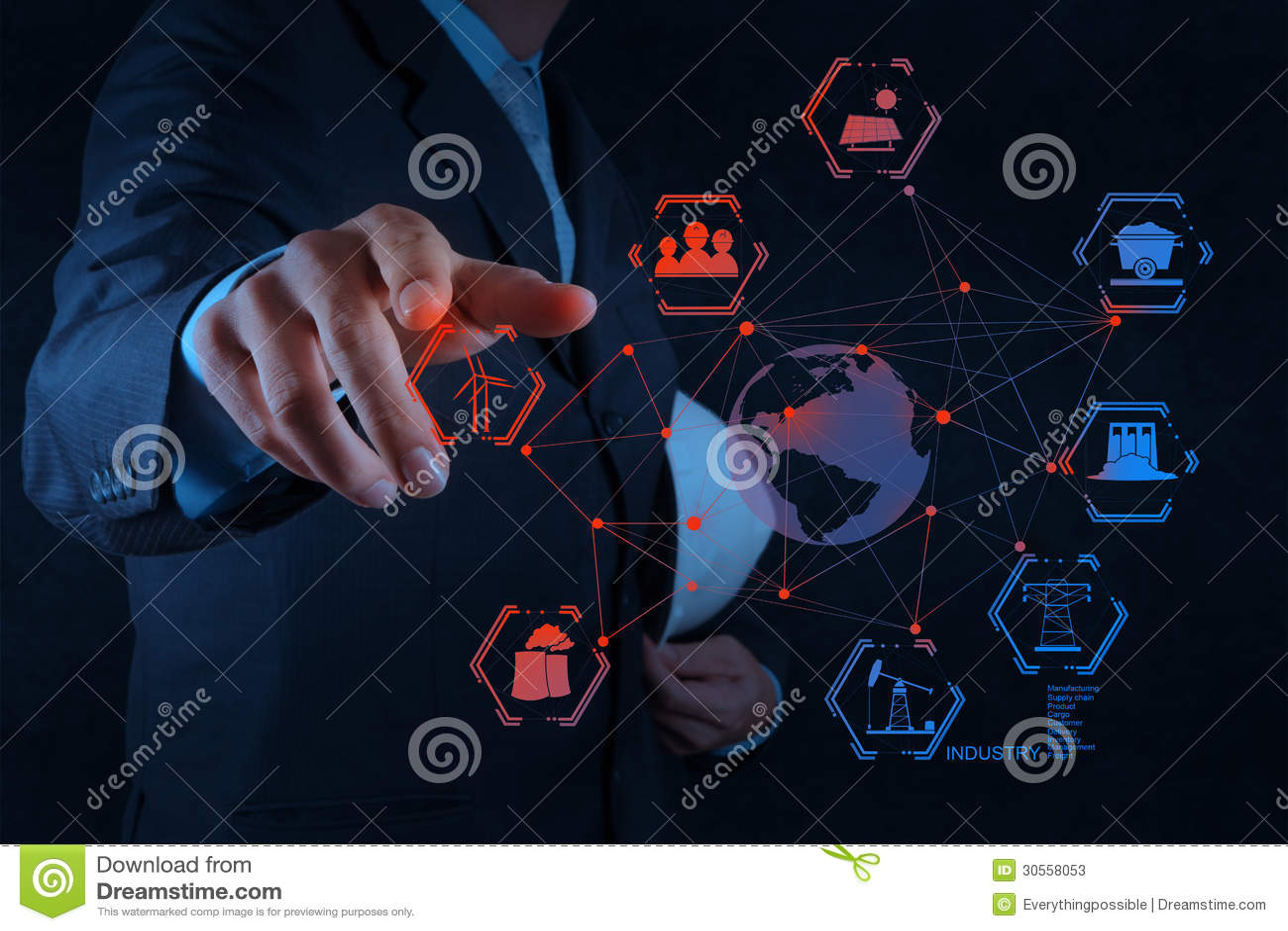 L ingénieur travaille le diagramme d industrie sur l ordinateur virtuel