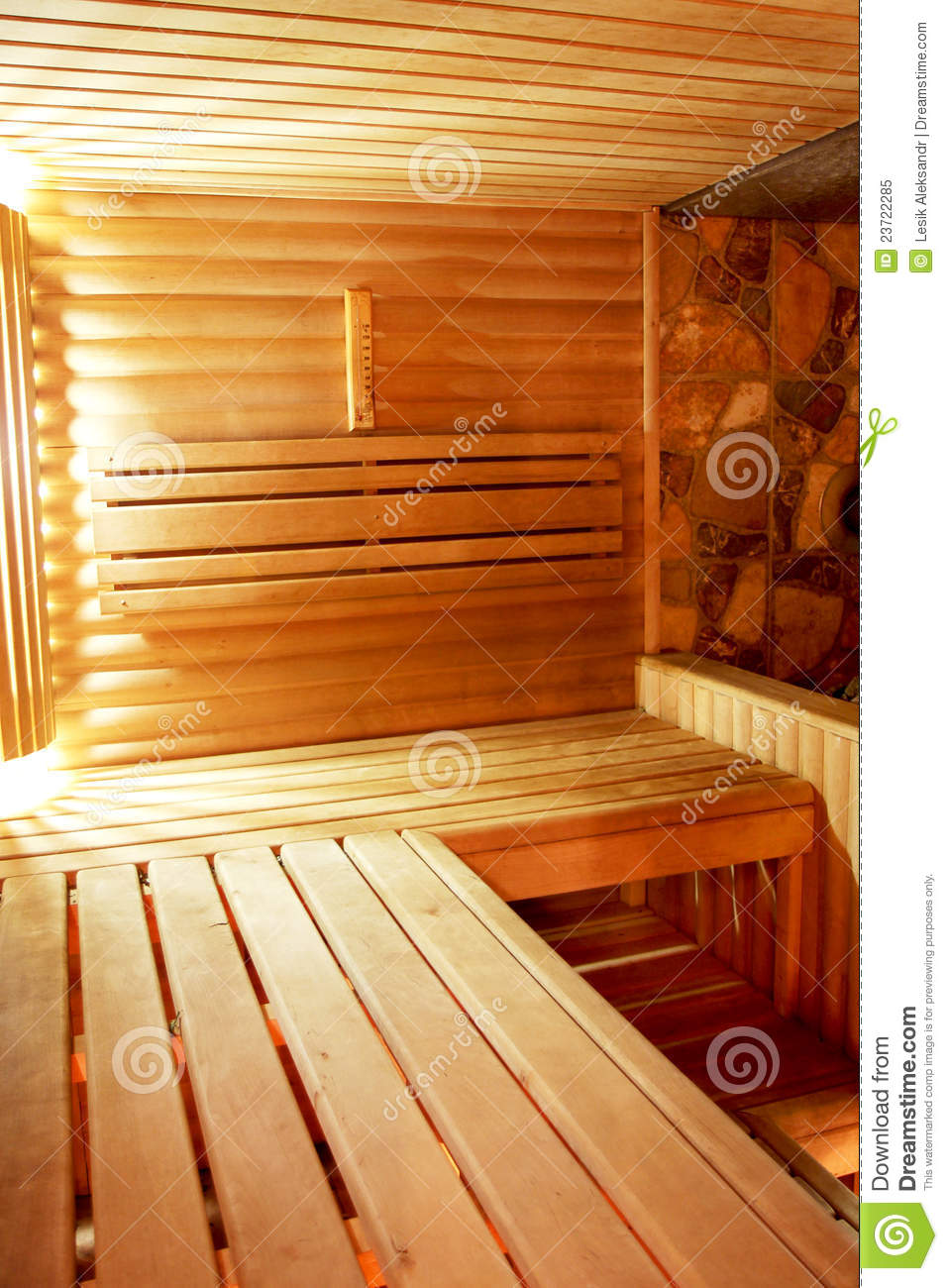 l 39 int rieur du sauna dans un r tro type photo libre de droits image 23722285. Black Bedroom Furniture Sets. Home Design Ideas