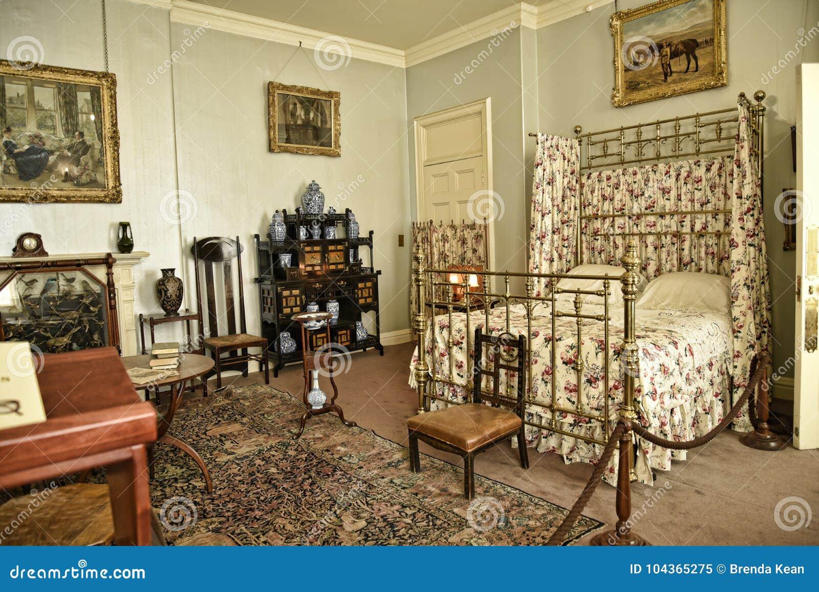 L\'intérieur Et L\'art Objecte à Une Belle Maison De Campagne ...