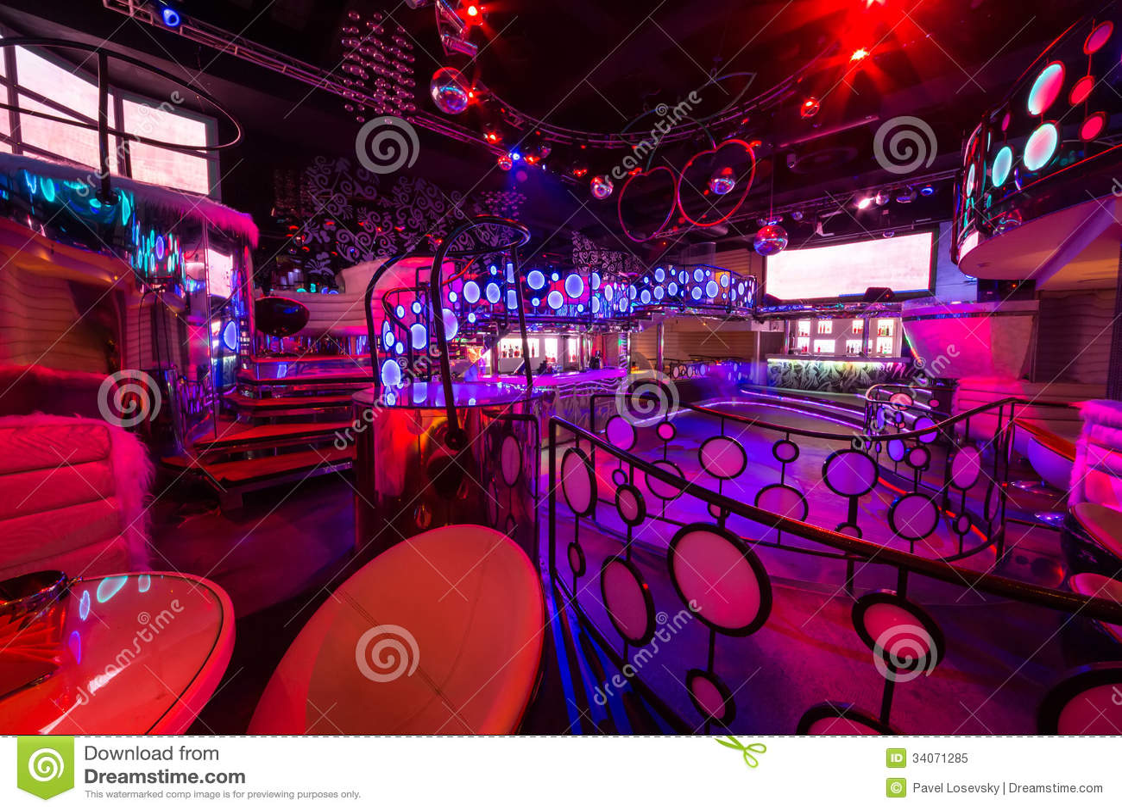 L 39 int rieur des salles de la bo te de nuit pacha image ditorial image - Interieur boite de nuit ...