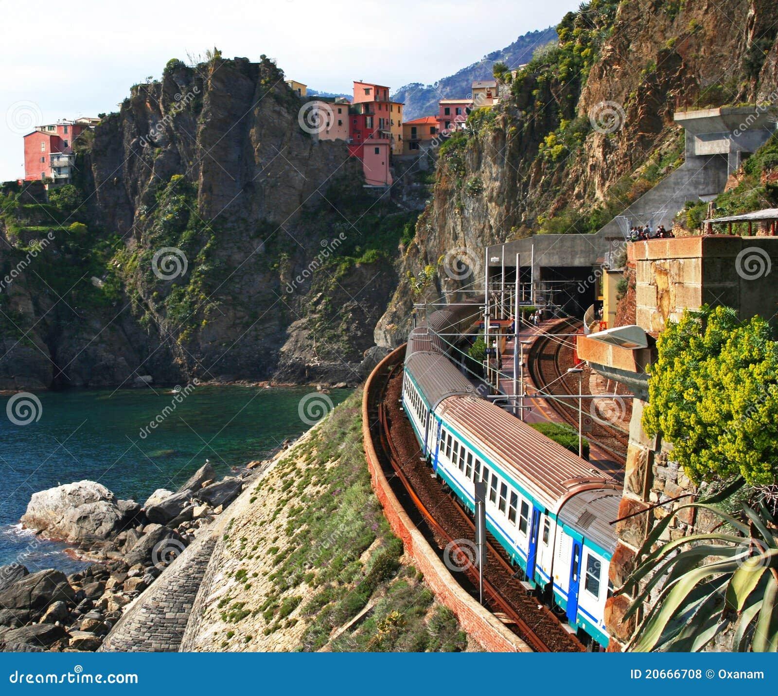 L Italie. Cinque Terre. Train