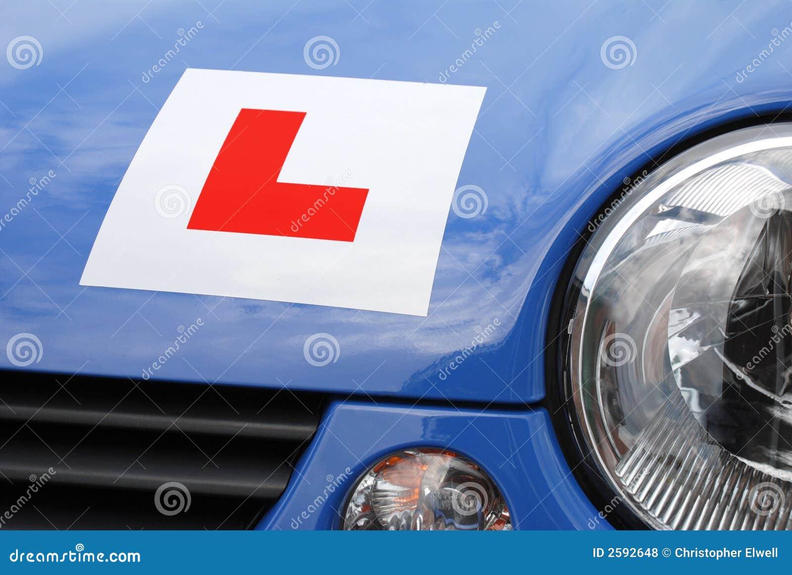 L Plaat op auto - vooraanzicht
