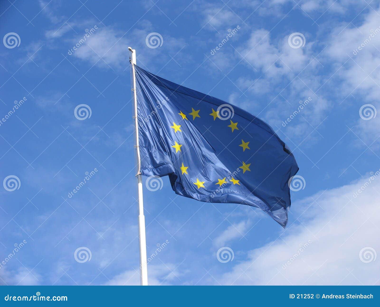 L UE diminuent