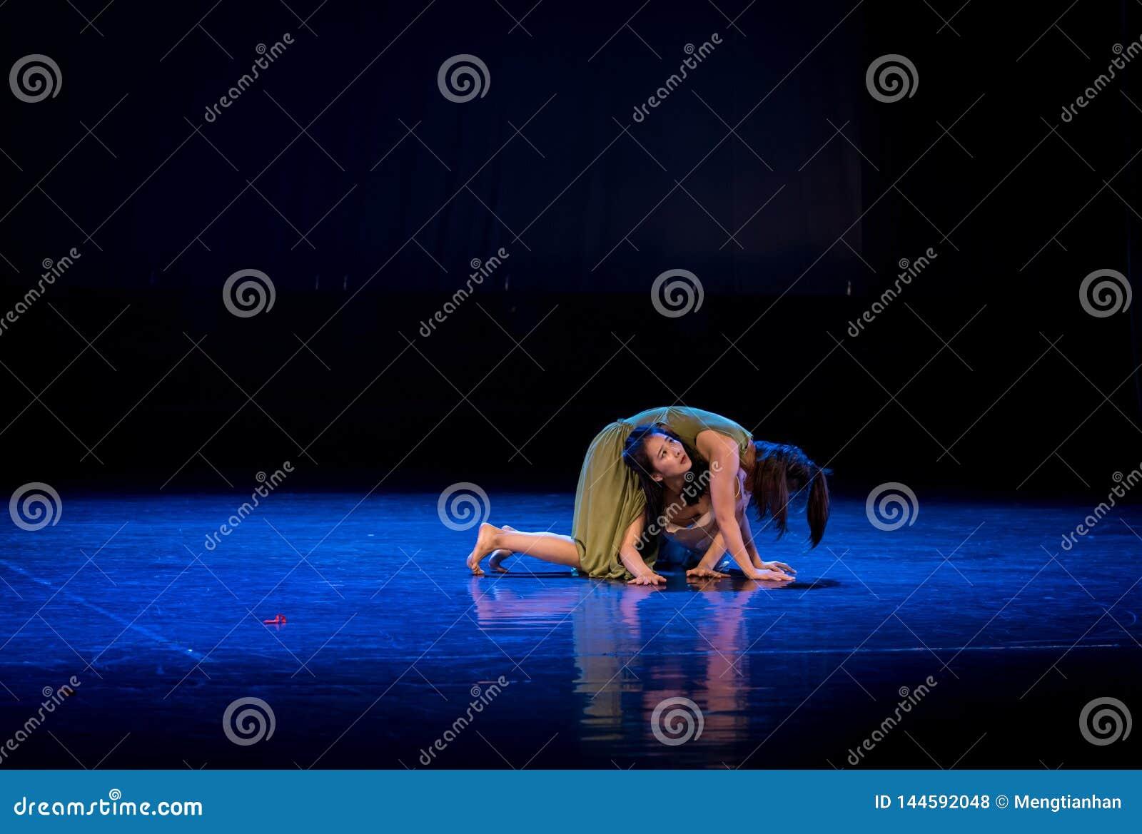 L umiltà dei terzi 2-Act 5: Nessuna parte per disporre ballo gioventù-moderno Dreamlan