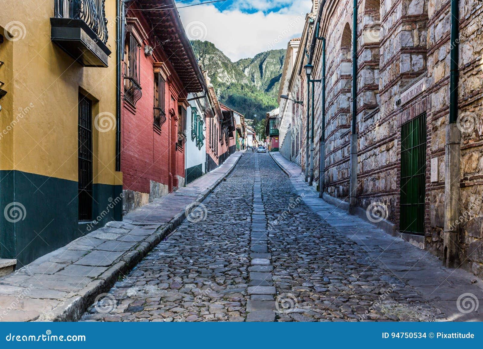 La坎德拉里亚角五颜六色的街道波哥大哥伦比亚