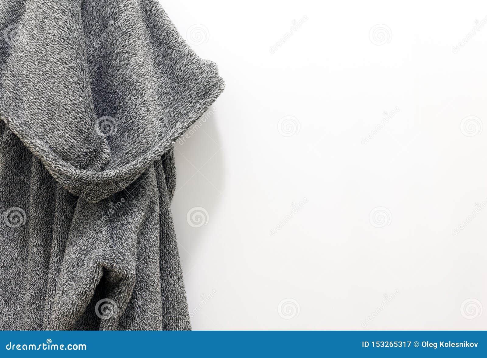 La albornoz de los hombres grises del algodón del baño para el balneario