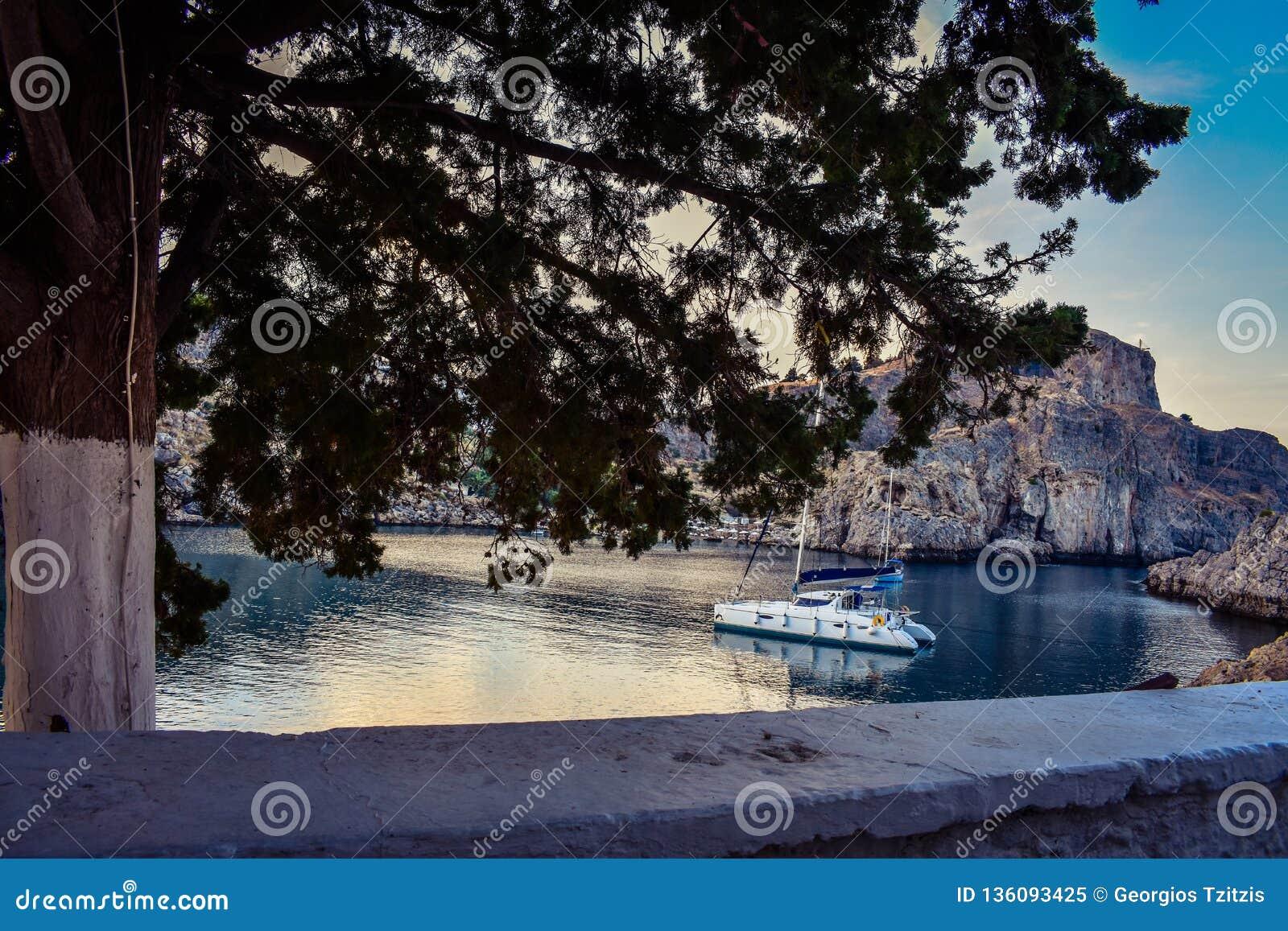 La baia di St Paul e mar Egeo di orizzonte