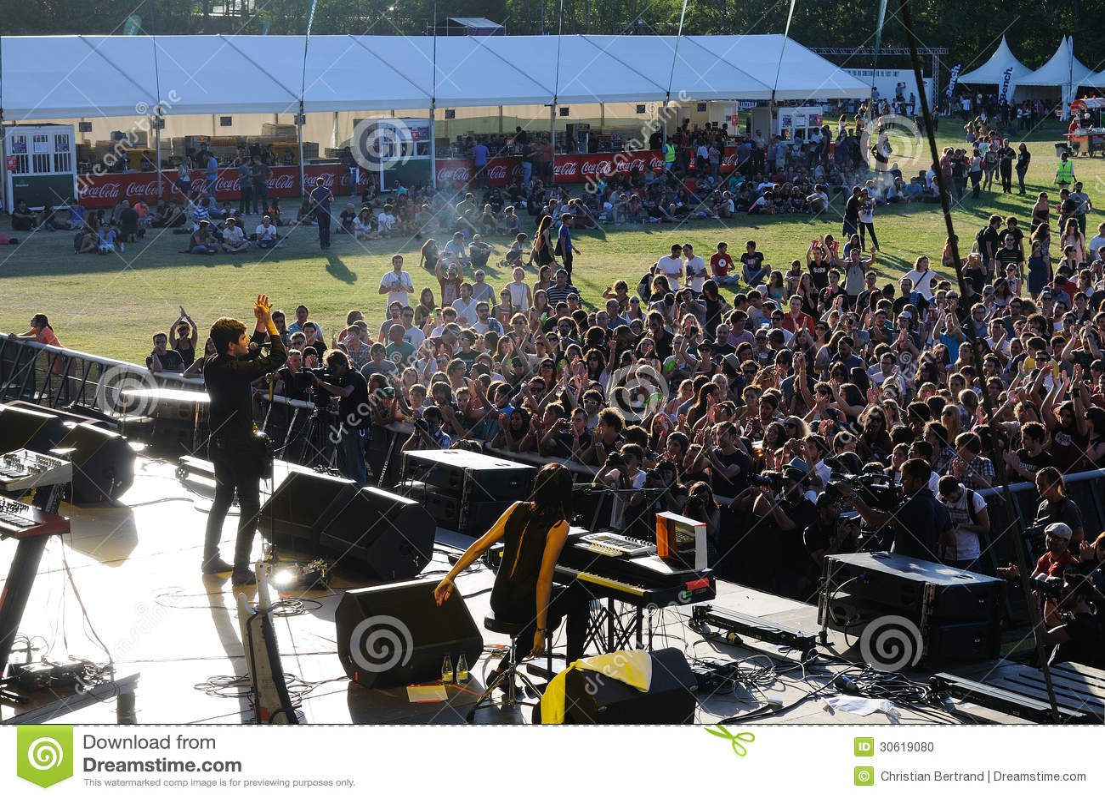 La banda de Dorian se realiza en el festival de Dcode.