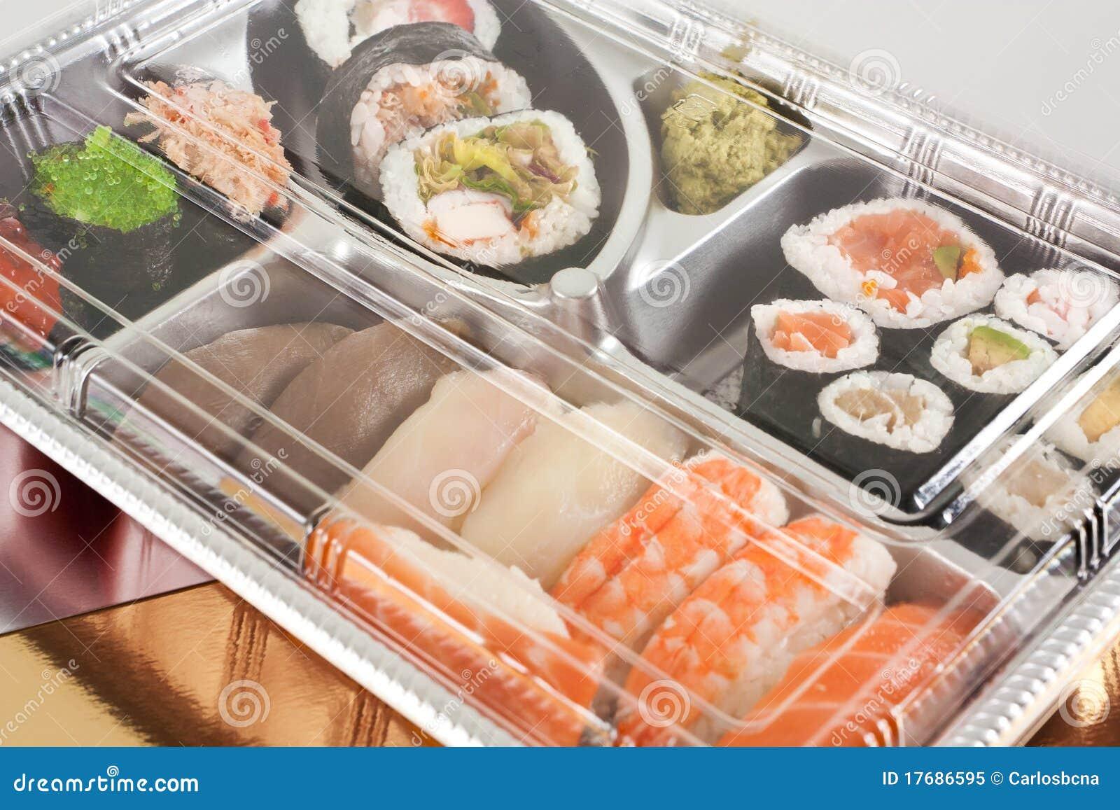 La bandeja para llevar del sushi se cerró