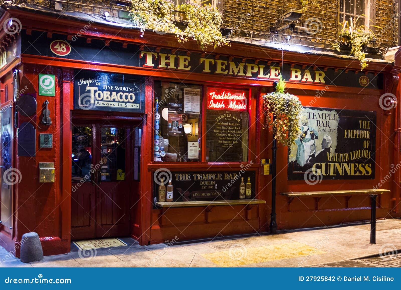 La Barra Del Templo En La Noche Pub Irland S Dubl N