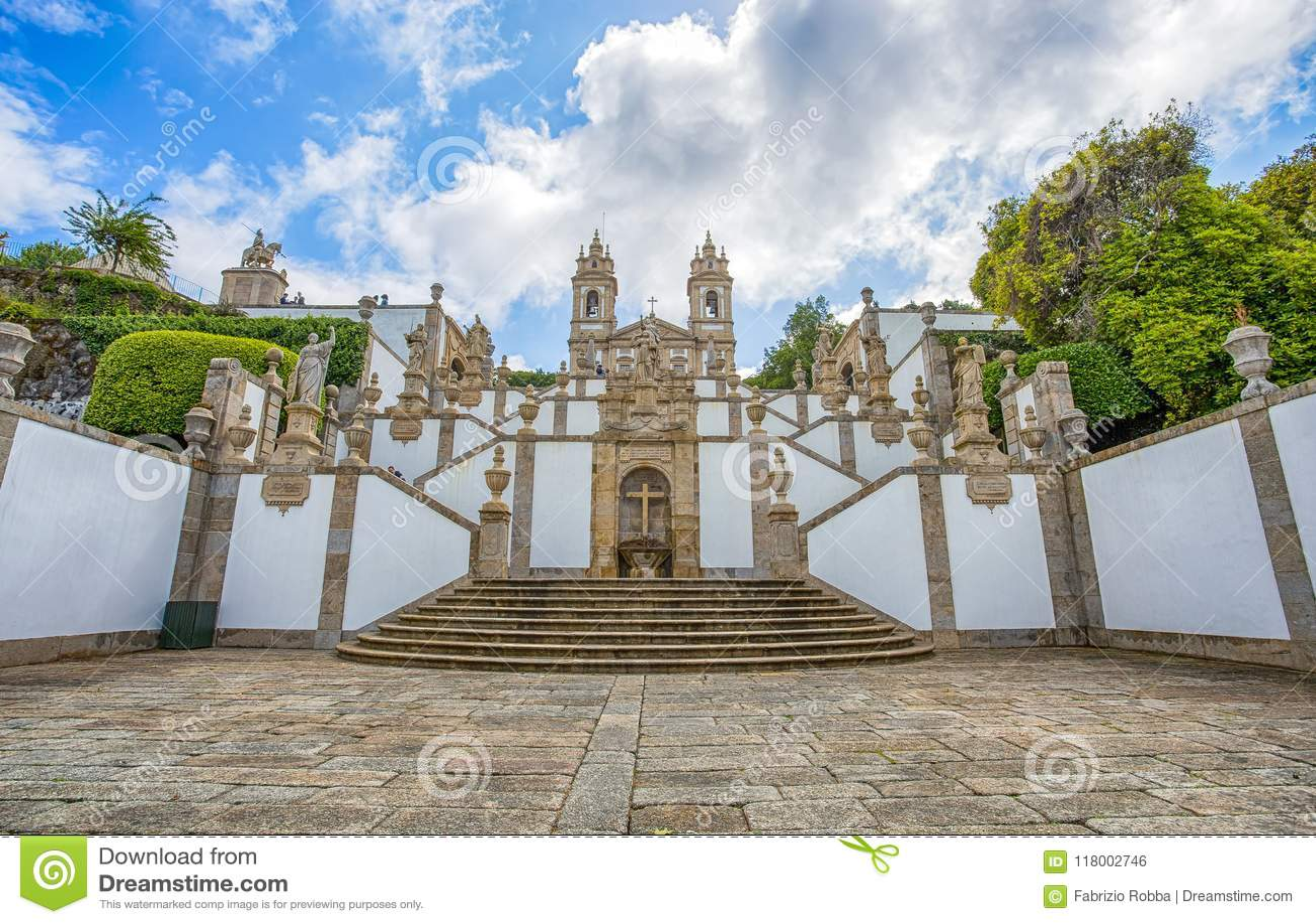 La basilica neoclassica di Bom Gesù fa la religione faithfuls/Braga Portogallo chiesa/di Monte