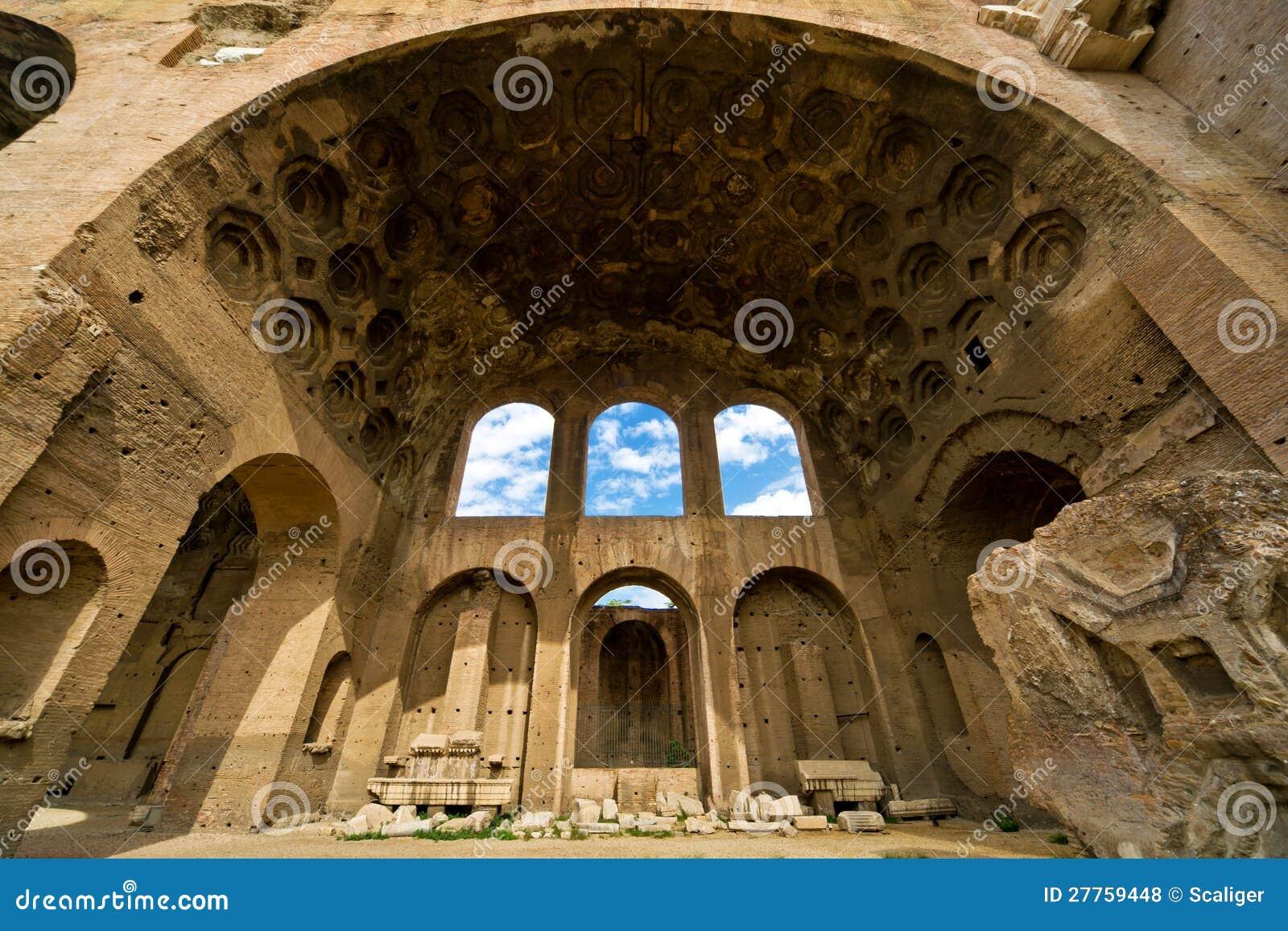 La basilique de Maxentius et de Constantine à Rome