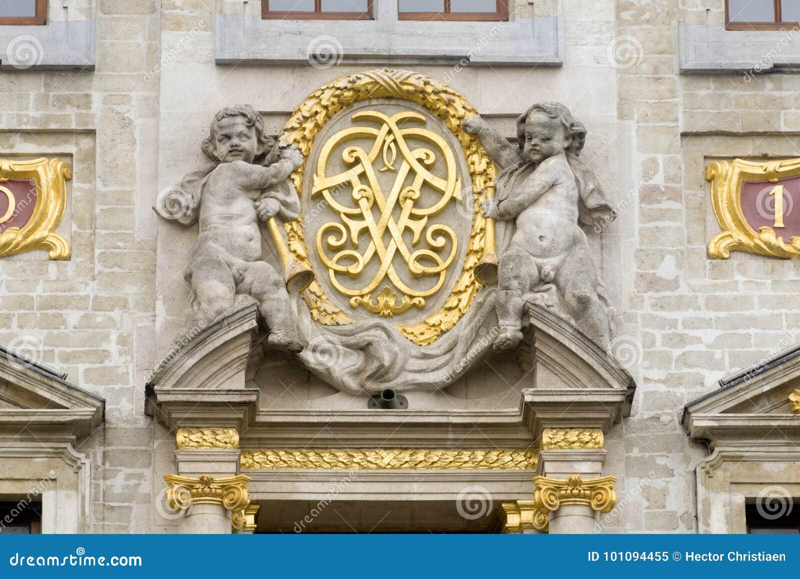 La Belgique Bruxelles Grand Place ou le Grote Markt est à angle droit central de Bruxelles Il est entouré par les palais de corpo