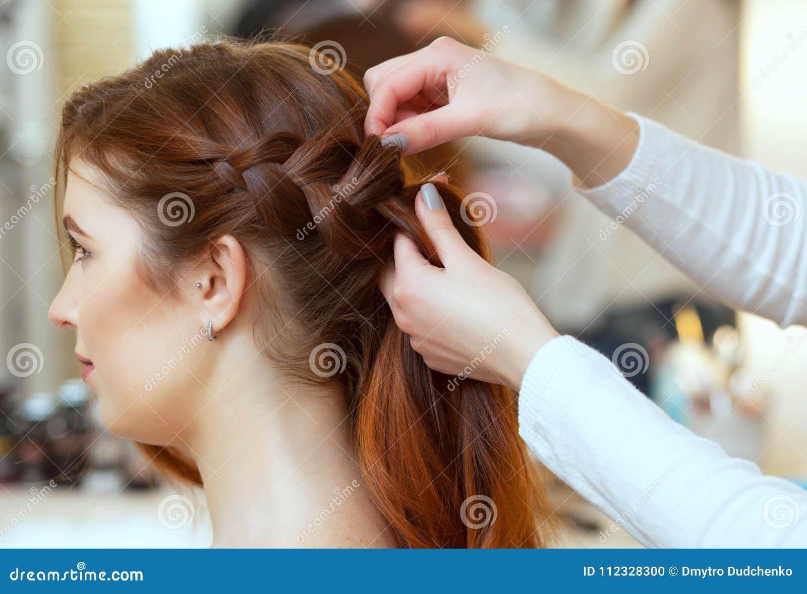 Un taglio di capelli in francese