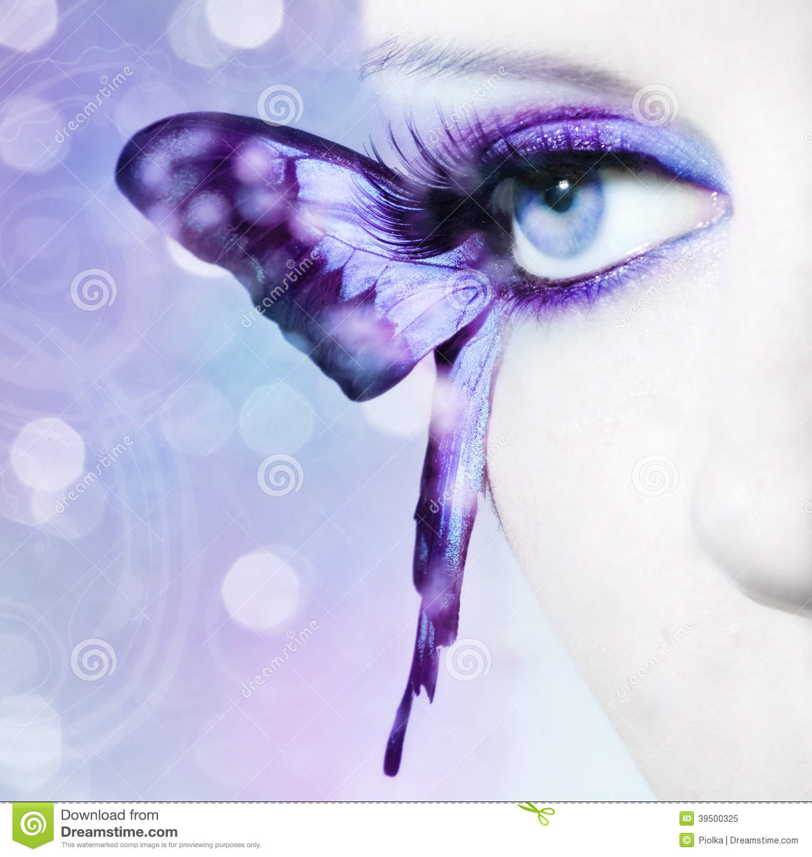 la belle fin d 39 oeil de femme avec le papillon s 39 envole. Black Bedroom Furniture Sets. Home Design Ideas