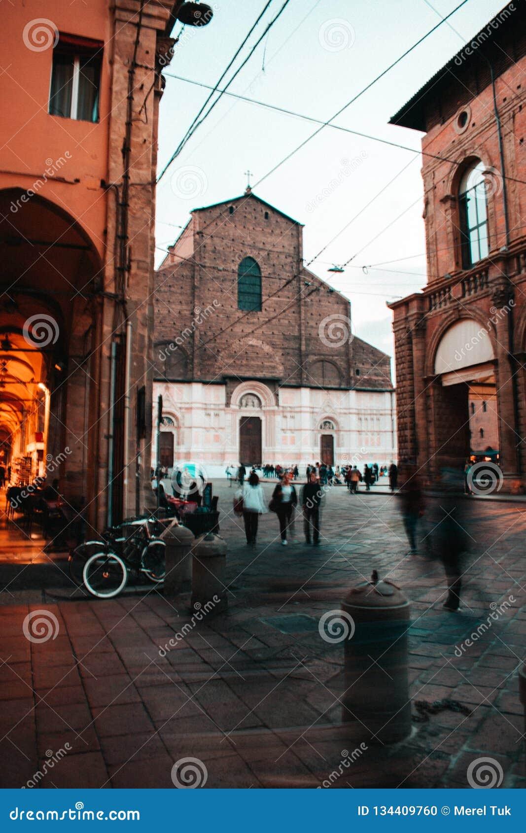La belle ville rouge de Bologna